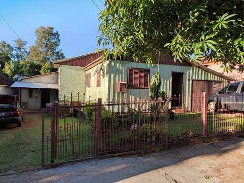 Casa, código 315 em Três de Maio, bairro São Francisco