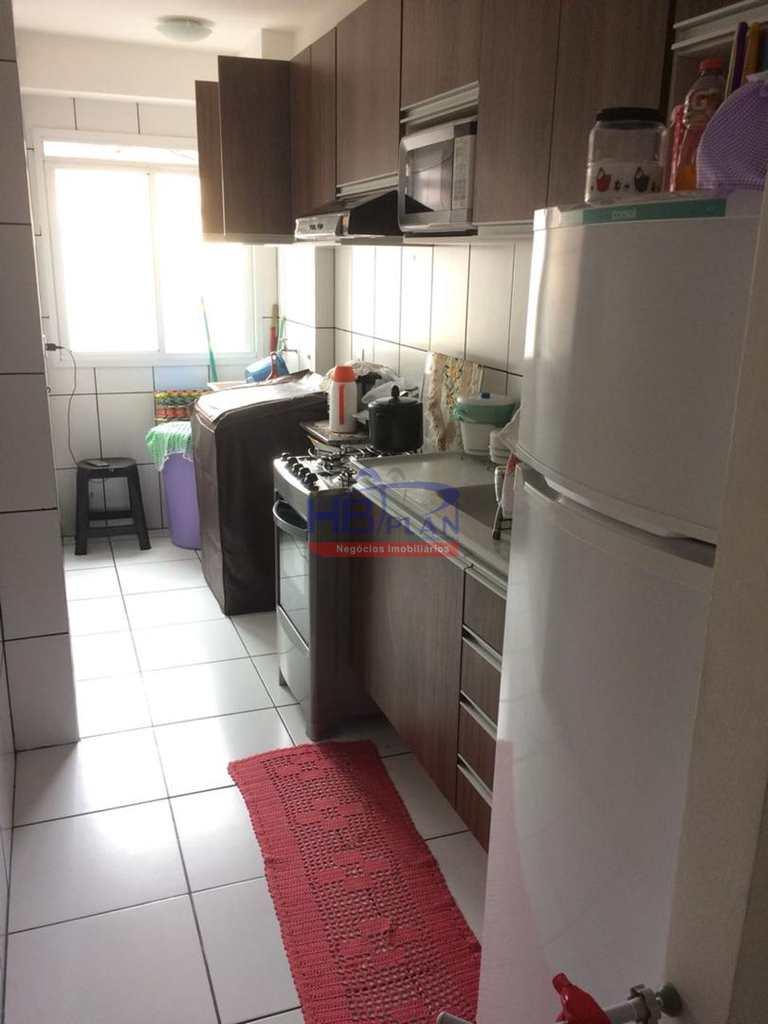 Apartamento em Jandira, no bairro Vila Ercília