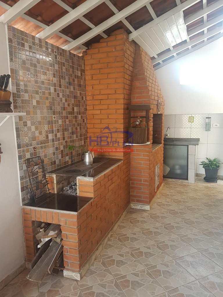 Casa em Barueri, bairro Jardim Tupanci