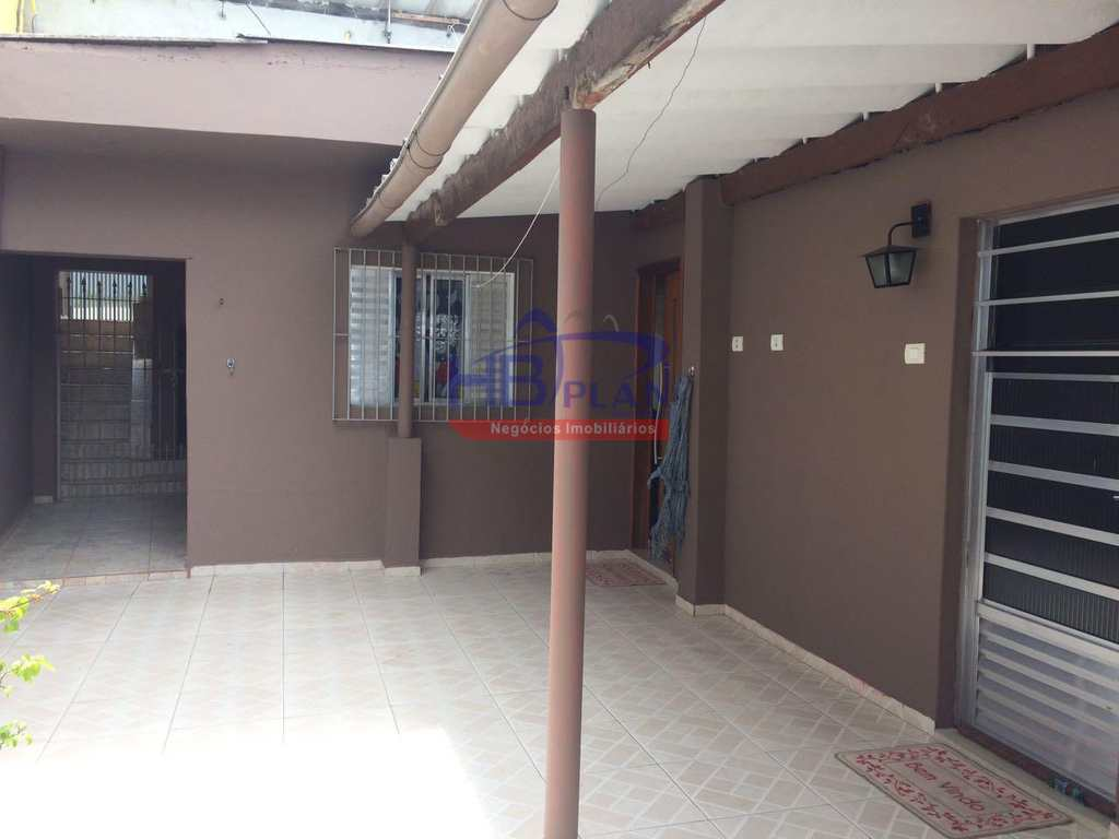 Casa em Carapicuíba, no bairro Jardim Ana Maria