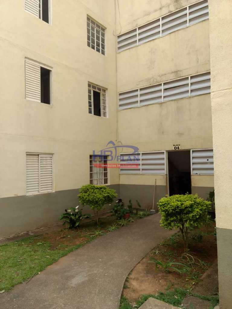 Apartamento em Cotia, no bairro Chácara Roselândia