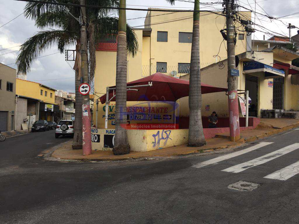 Terreno Comercial em Jandira, no bairro Centro