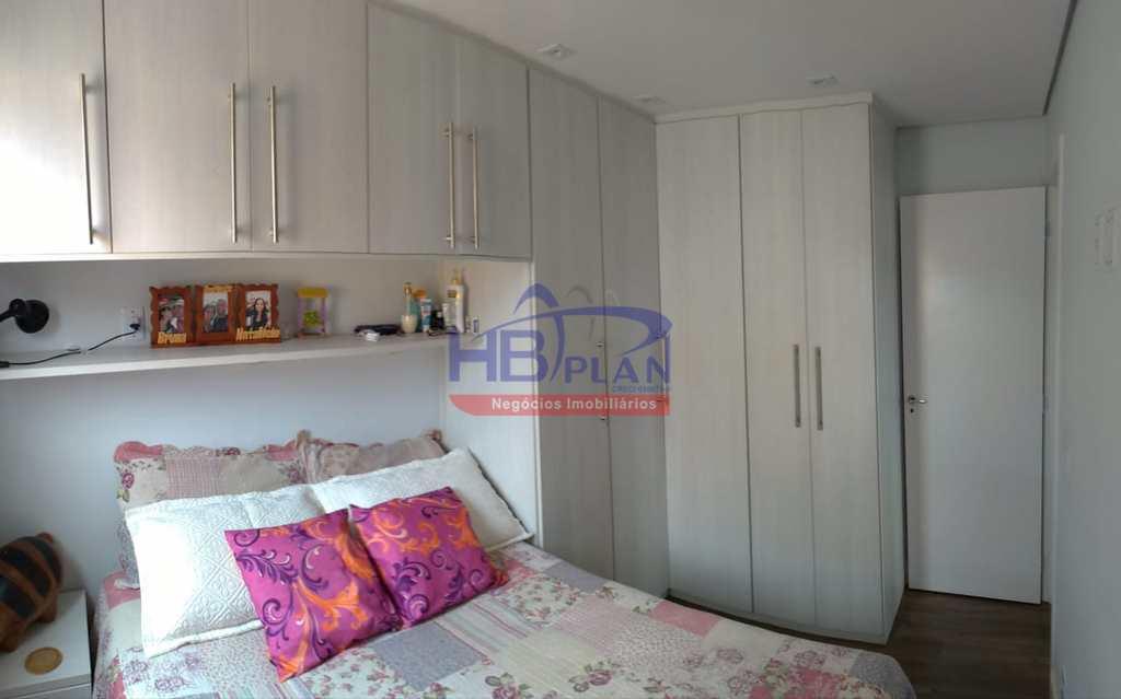 Apartamento em Jandira, no bairro Jardim Stella Maris