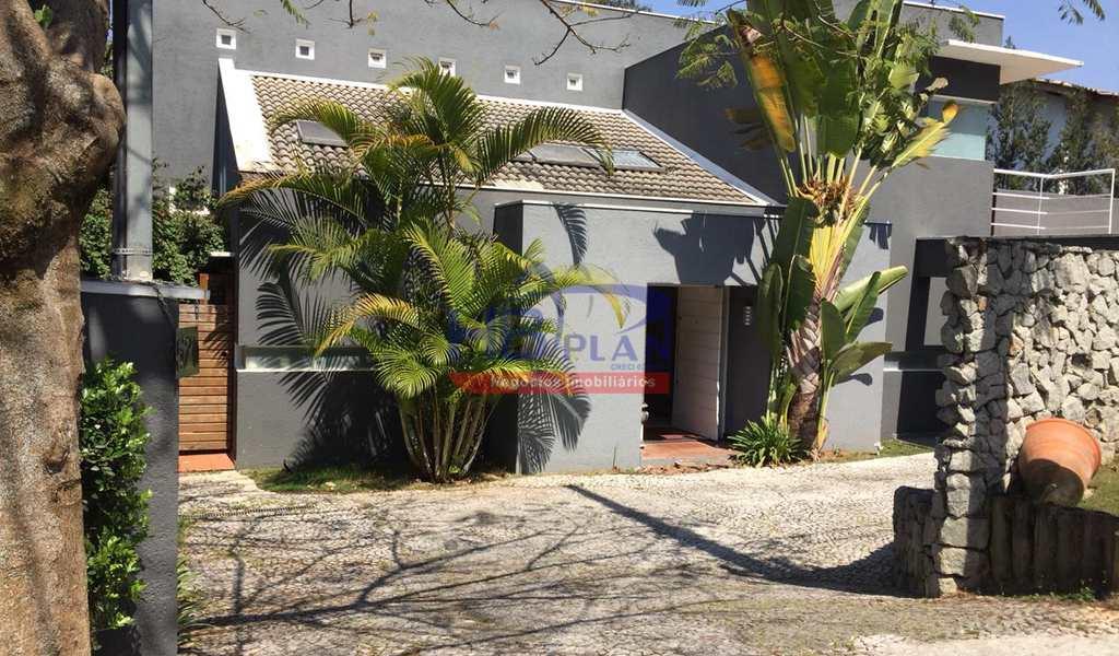 Casa de Condomínio em Jandira, bairro Nova Higienópolis