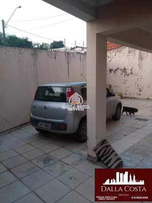 Sobrado em Capivari, no bairro Rossi
