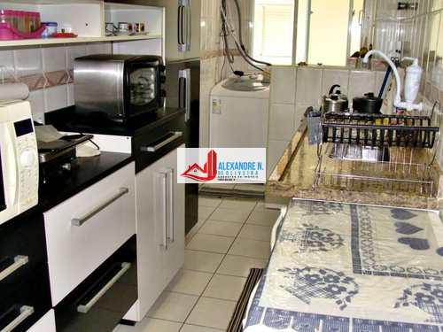 Apartamento, código AP00219 em Praia Grande, bairro Ocian