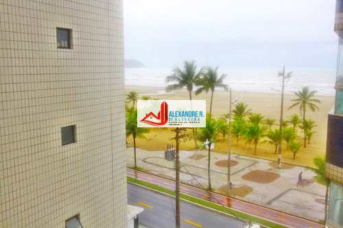 Apartamento, código AP00501 em Praia Grande, bairro Guilhermina