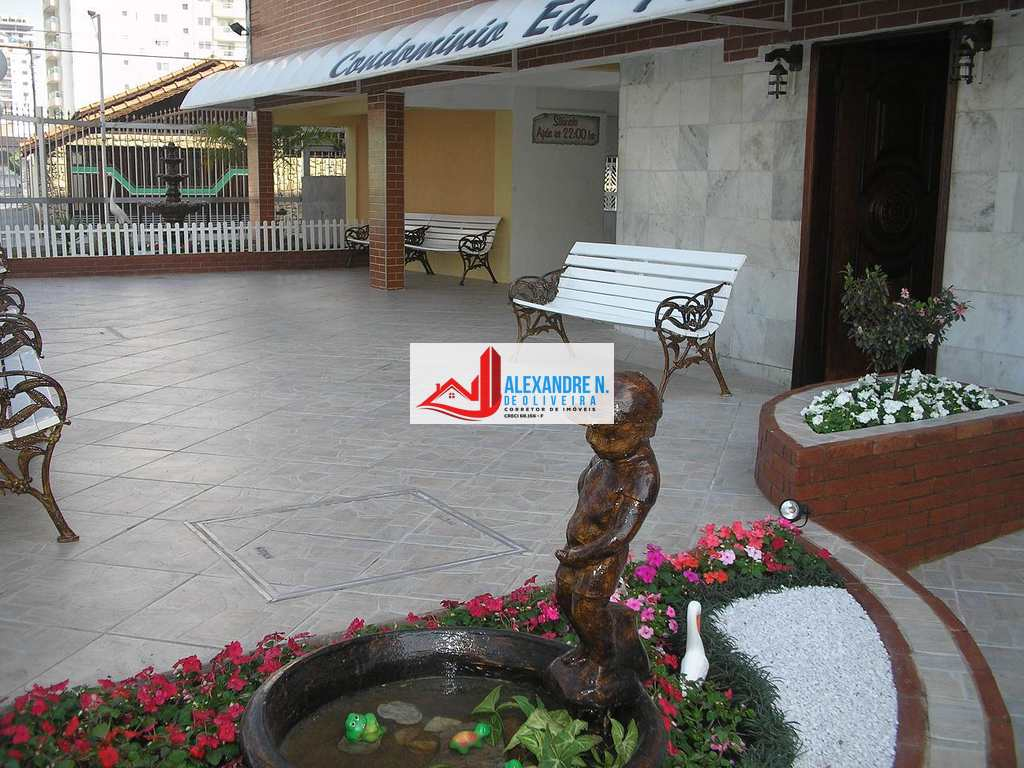 Kitnet em Praia Grande, bairro Aviação