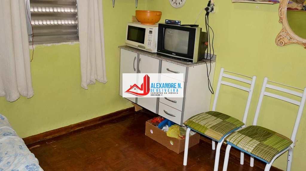 Kitnet em Praia Grande, bairro Ocian
