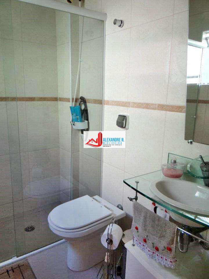 Apartamento em Praia Grande, no bairro Maracanã