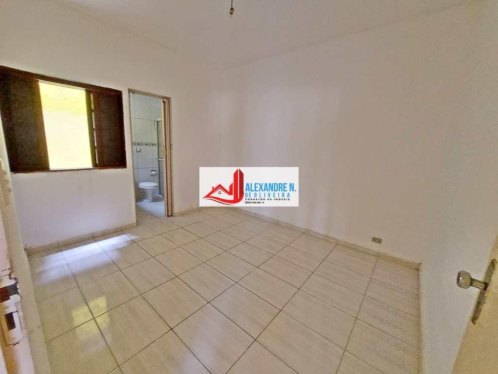 Casa em Praia Grande, no bairro Maracanã