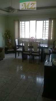 Apartamento, código 10 em São Vicente, bairro Jardim Guassu