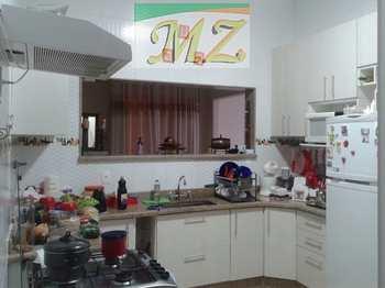 Apartamento, código 13 em São Vicente, bairro Centro