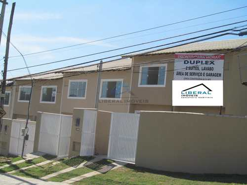 Casa, código 72 em São Gonçalo, bairro Maria Paula