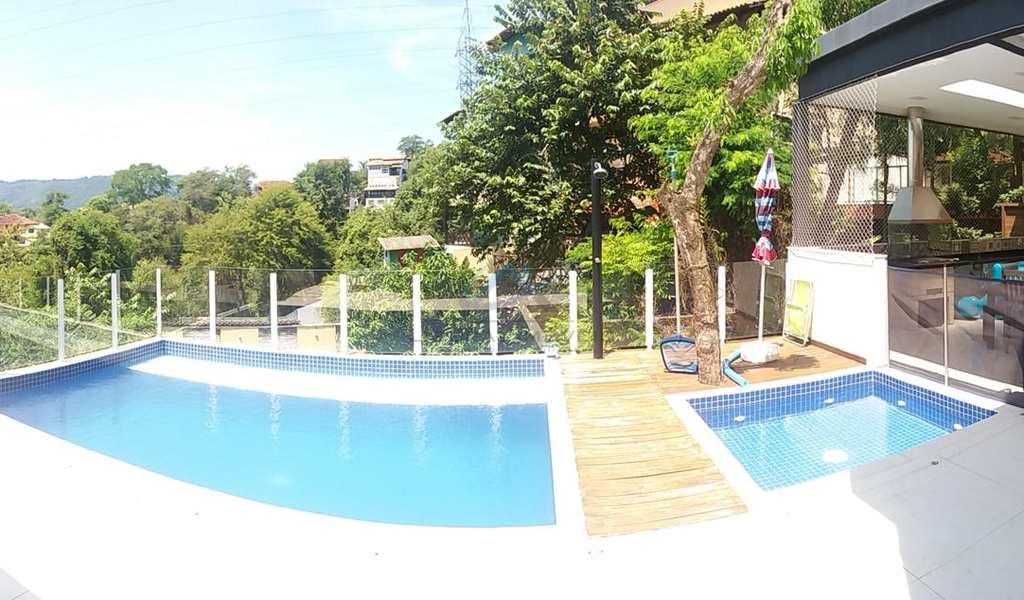 Casa de Condomínio em Niterói, bairro Pendotiba