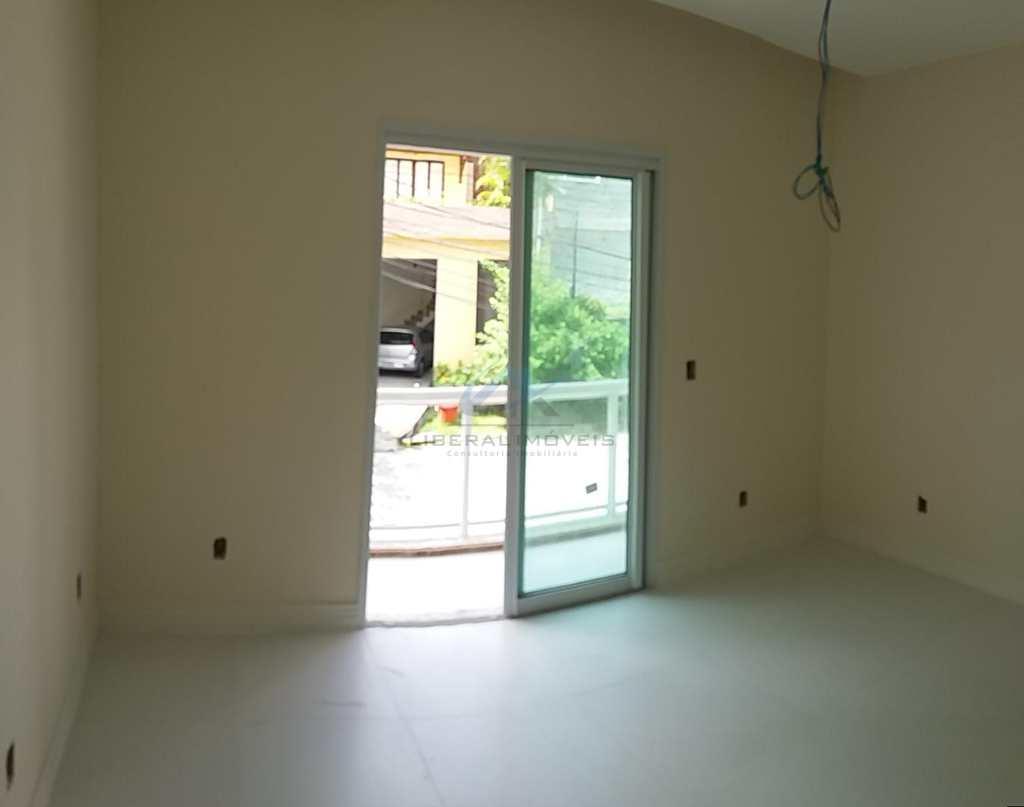 Casa de Condomínio em Niterói, no bairro Maria Paula