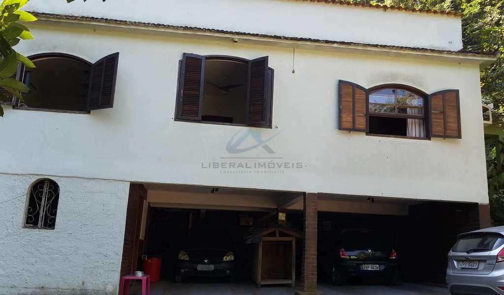 Casa em São Gonçalo, bairro Maria Paula