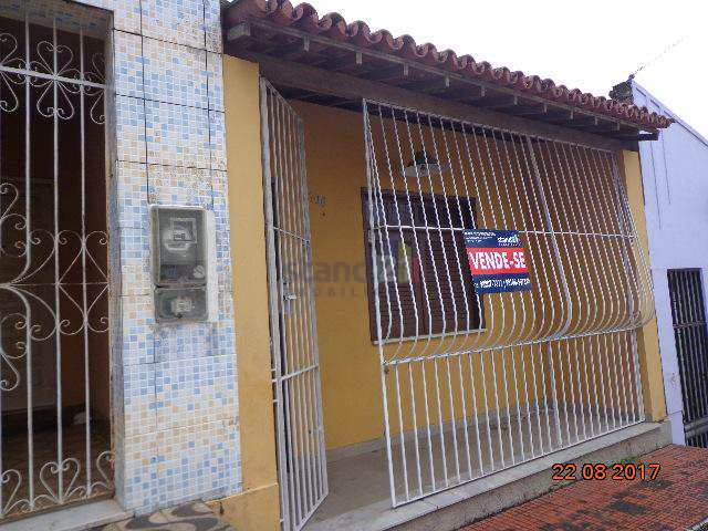 Casa em Itabuna, no bairro Castália