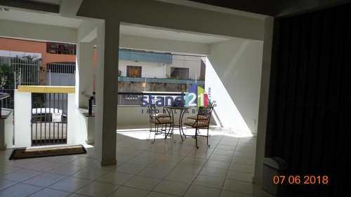 Apartamento, código 183 em Itabuna, bairro Jardim Vitória