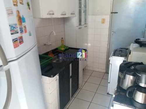 Apartamento, código 468 em Itabuna, bairro São Caetano