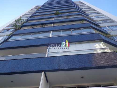 Apartamento, código 830 em Itabuna, bairro Centro