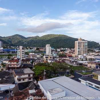 Apartamento em Itapema, bairro Centro