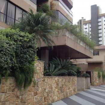 Apartamento em Blumenau, bairro Jardim Blumenau
