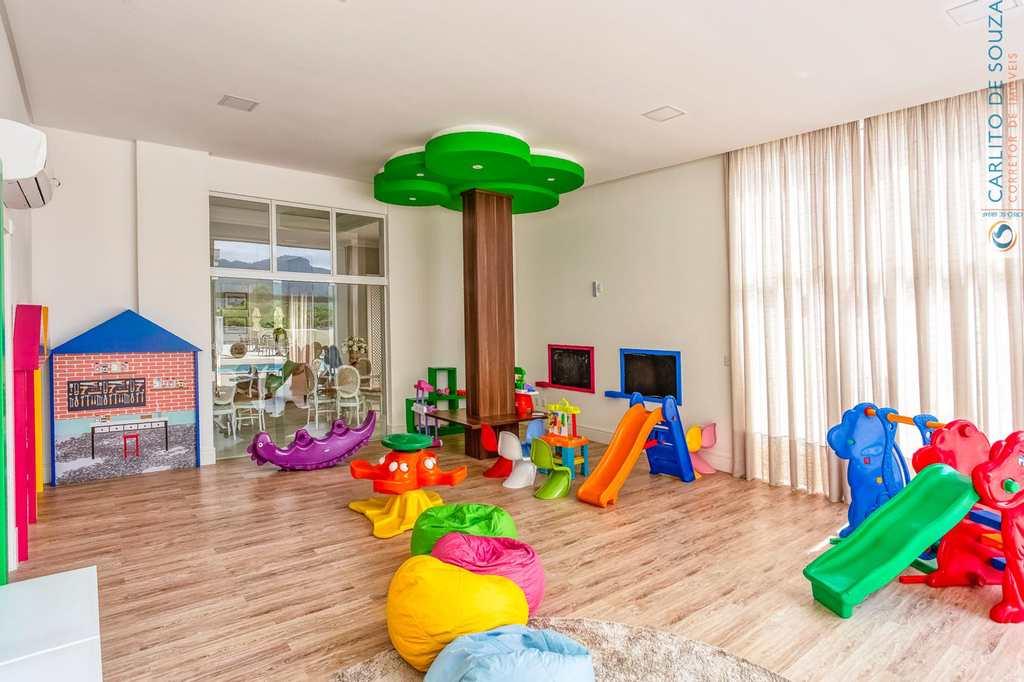 Apartamento em Itapema, no bairro Centro