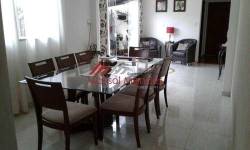Casa, código 21 em Pirassununga, bairro Vila Braz