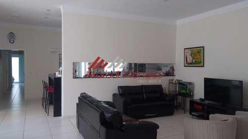 Casa, código 42 em Pirassununga, bairro Vila Santa Terezinha