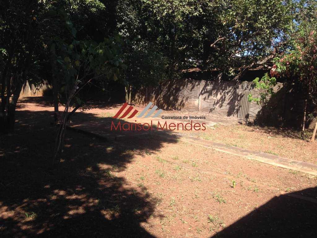Casa em Pirassununga, no bairro Rosário
