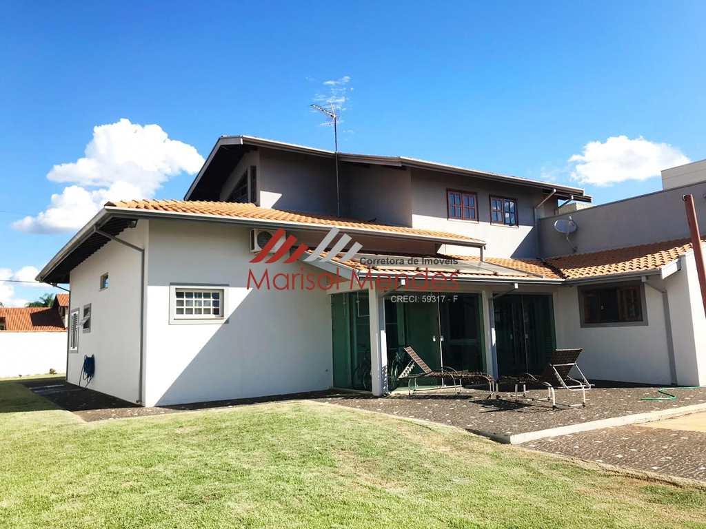 Casa de Condomínio em Porto Ferreira, no bairro Jardim Residencial Las Palmas