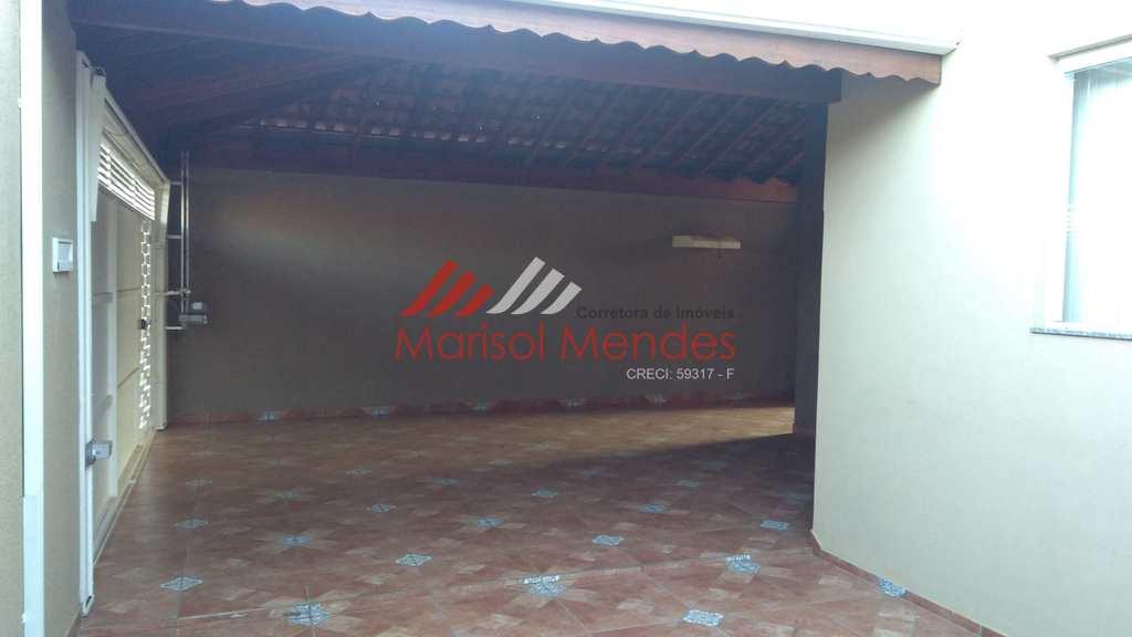 Casa em Pirassununga, no bairro Jardim dos Ipês