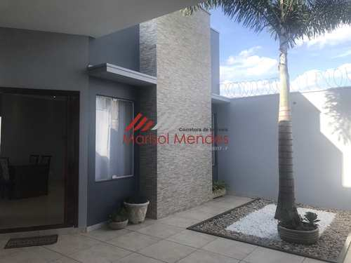 Casa, código 74 em Pirassununga, bairro Jardim Milenium