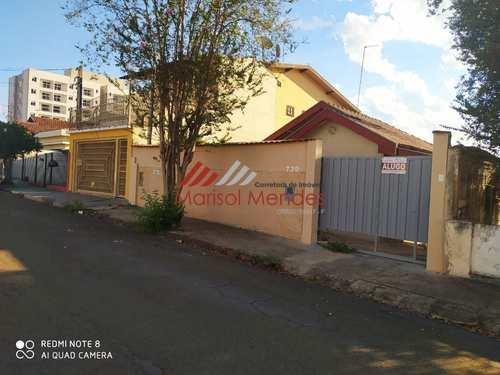 Casa, código 136 em Pirassununga, bairro Centro