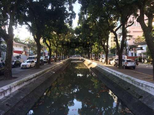 Apartamento, código 10 em Santos, bairro Boqueirão