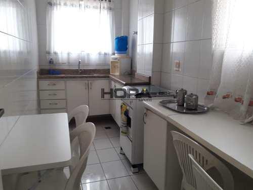 Apartamento, código 66 em Santos, bairro Gonzaga