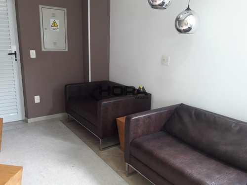 Apartamento, código 72 em Santos, bairro Gonzaga