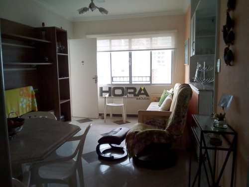 Apartamento, código 119 em Santos, bairro Gonzaga