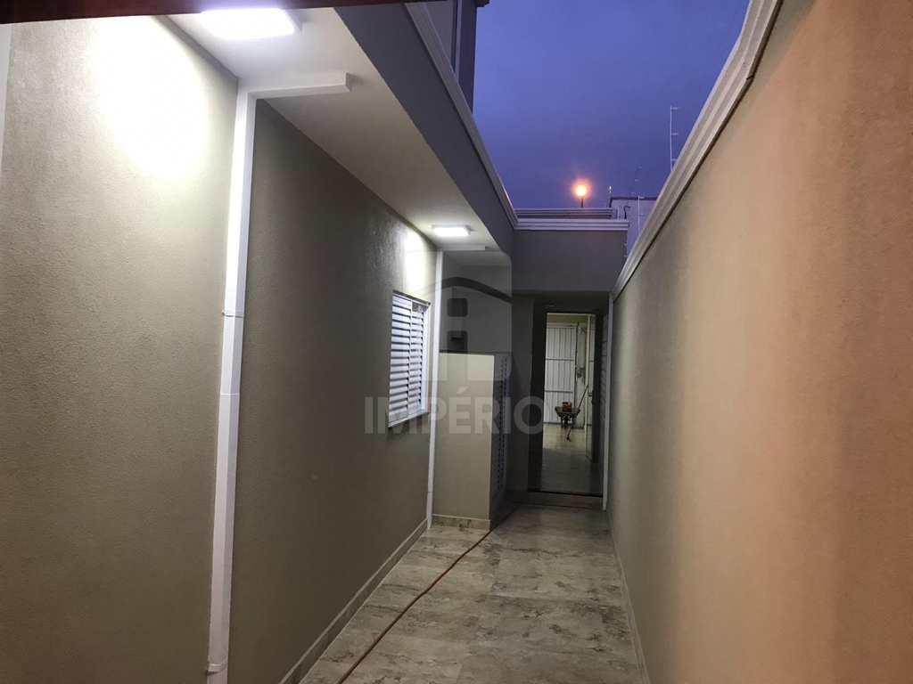 Casa em Jaú, no bairro Jardim Estádio