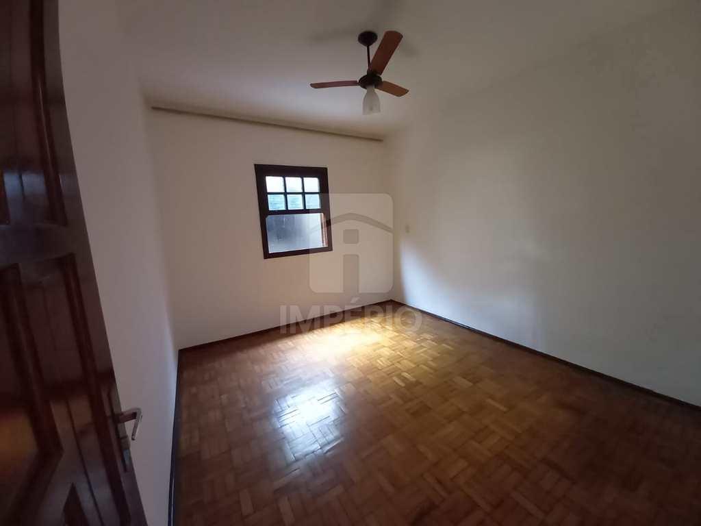 Casa em Jaú, no bairro Vila Sampaio Bueno
