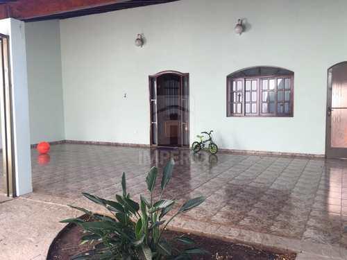Casa, código 384 em Jaú, bairro Santo Antônio