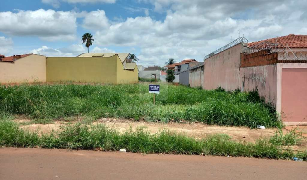 Terreno em Jaú, bairro Jardim Maria Luiza I