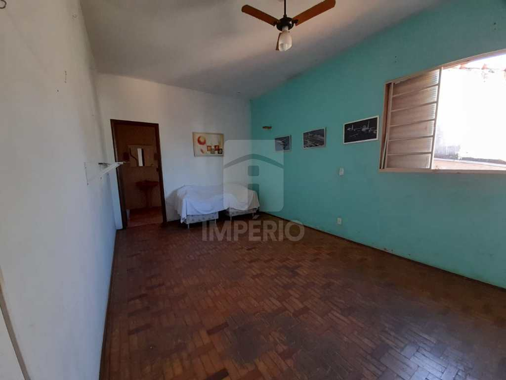 Casa em Jaú, no bairro Vila Assis