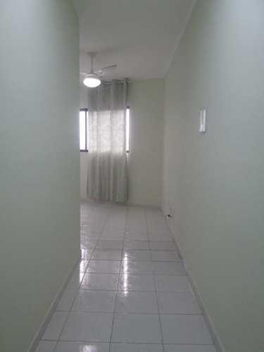 Apartamento, código 391 em Praia Grande, bairro Caiçara