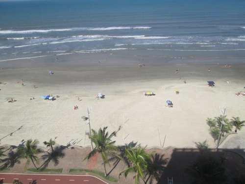 Apartamento, código 410 em Praia Grande, bairro Caiçara