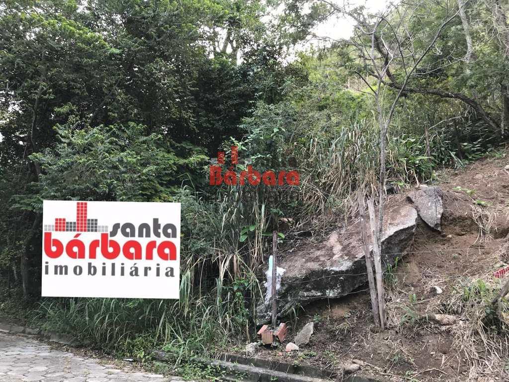 Terreno em Niterói, no bairro Itacoatiara