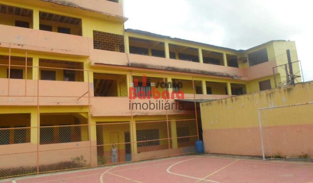 Área Comercial em São Gonçalo, bairro Mutuá