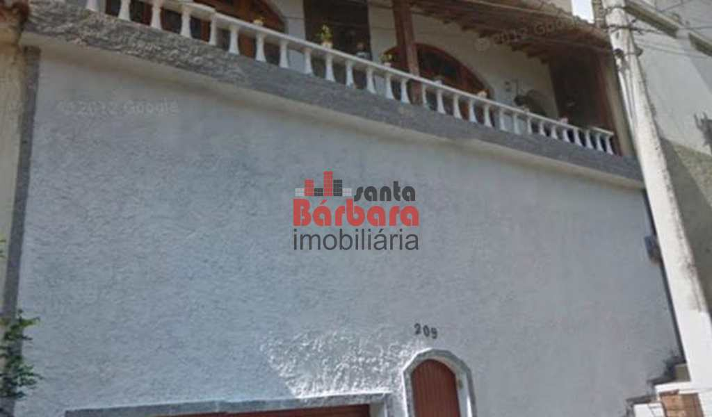 Casa em São Gonçalo, bairro Paraíso