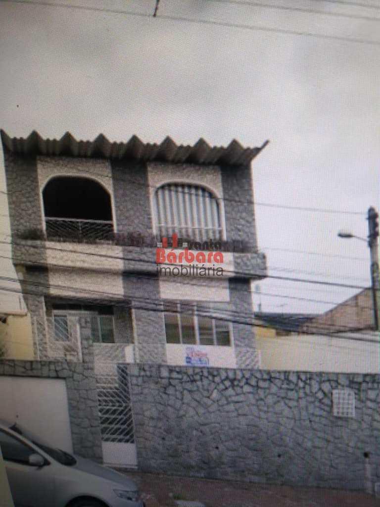 Casa em São Gonçalo, no bairro Patronato
